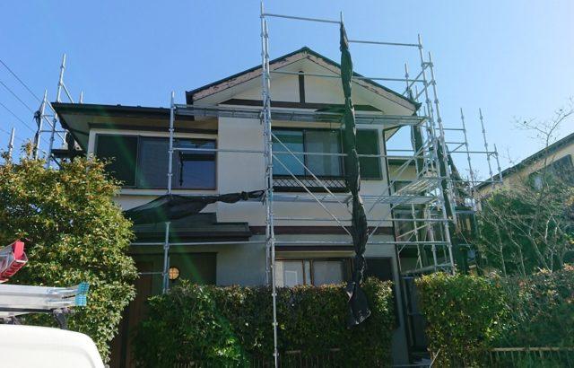 千葉市で外壁塗装工事のための足場設置工事をしました。