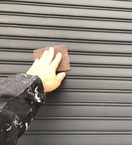 千葉県八千代市 外壁塗装 付帯部塗装 ケレン作業 水切り シャッター (3)