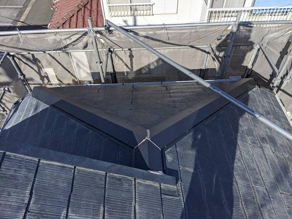 千葉県四街道市 外壁塗装 棟板金工事 雨樋交換 ガルバリウム鋼板 貫板、棟板金設置 (3)
