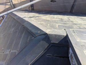 千葉県四街道市 外壁塗装 棟板金工事 雨樋交換 既存棟板金撤去、清掃 (3)
