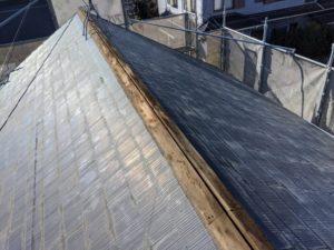 千葉県四街道市 外壁塗装 棟板金工事 雨樋交換 既存棟板金撤去、清掃 (1)