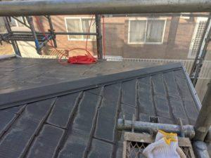千葉県四街道市 外壁塗装 棟板金工事 雨樋交換 既存棟板金撤去、清掃 (4)