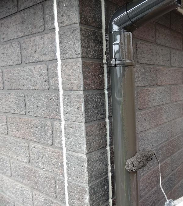 千葉県千葉市若葉区 A様邸 外壁塗装・屋根塗装・付帯部塗装 雨樋塗装の工程 (2)
