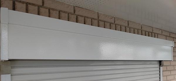千葉県千葉市稲毛区 K様邸 外壁塗装・防水工事 シャッターボックス塗装 (1)