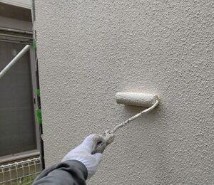 千葉県成田市 H様邸 屋根重ね葺き工事 外壁塗装 外壁中塗り 上塗り (3)1