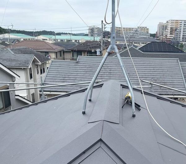 千葉県成田市 H様邸 屋根重ね葺き工事 外壁塗装 棟板金設置 屋根施工完了 (11)
