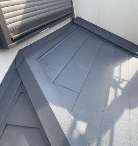 千葉県成田市 H様邸 屋根重ね葺き工事 外壁塗装 棟板金設置 屋根施工完了 (10)