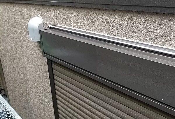 千葉県成田市 H様邸 屋根重ね葺き工事 外壁塗装 シャッターボックス塗装 錆び止めとは (4)